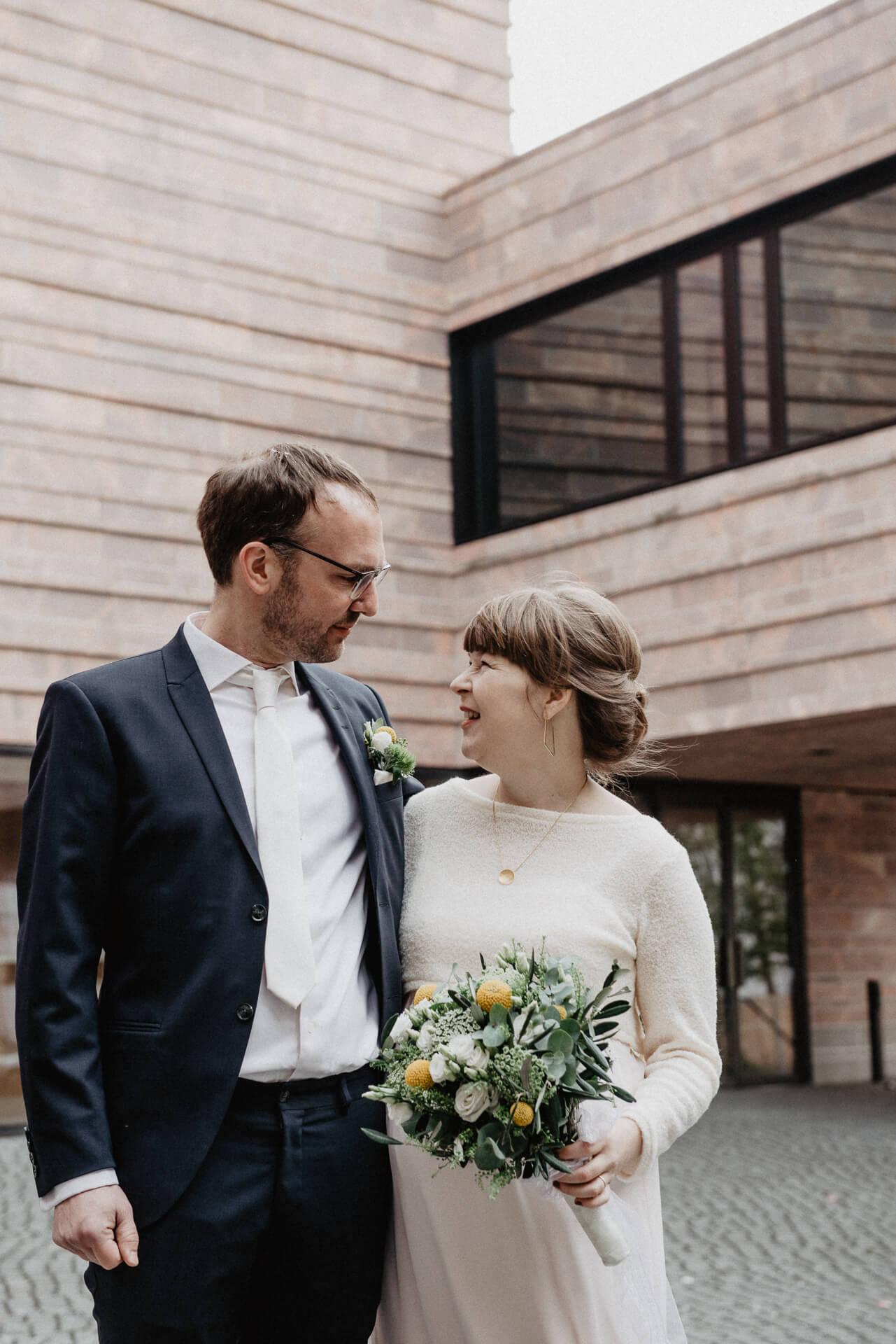 zweinander Hochzeitsfotos Propstei Leipzig von Luise und Chris